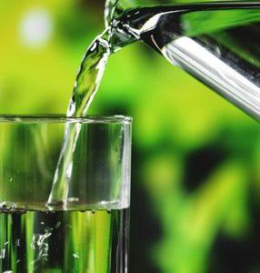 Para mantener la salud de tu piel recuerda hidratarte
