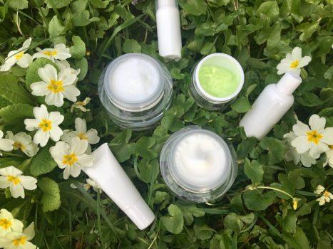 Utiliza productos con vitamina C para recuperar tu piel después del verano